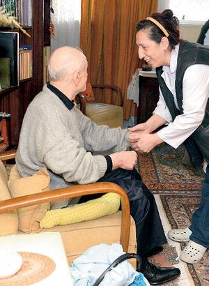 Yaşlılara evde bakım hizmeti