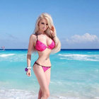 """""""İnsan Barbie"""" Valeria Lukyanova makyajsız haliyle şaşırttı!"""