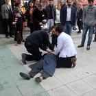 Doktor epilepsi hastası Esma Şin'i kalp masajıyla hayata döndürdü