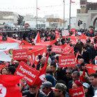 Tunus 'Terörü yeneceğiz' dedi