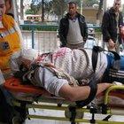 İzmir'in Ödemiş İlçesi'nde motosikletten düşen genç kız ağır yaralandı