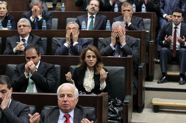 Başbakan istedi, Fatiha okudular