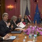 İran'la nükleer müzakereler uzatmalara gitti
