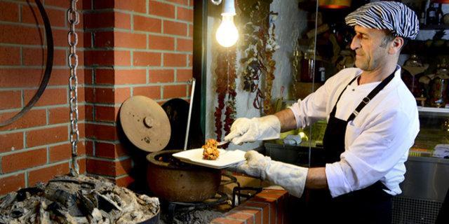 İstanbul'un en yeni ve gözde restoranları, yeni mekanları, en popüler cafeleri