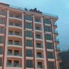 Rize'de 7 işçi intihar etmek için çatıya çıktı