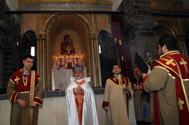 Diyarbakır'daki Surp Gragos Ermeni Kilisesi'nde paskalya ayini yapıldı