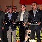 İstanbul Taksi Sahipleri Derneği'nce düzenlenen toplantıya AK Parti, CHP ve MHP vekilleri katıldı