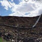 Bingöl-Elazığ karayolu üzerinde çöken istinat duvarı paniğe sebep oldu