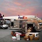 Fedex, Hollandalı TNT Express'i 4,8 milyar dolara satın alıyor.