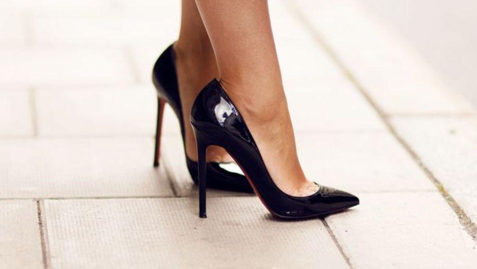 Abddeki Araştırmaya Göre Yüksek Topuklu Ayakkabılar Dizlere Yük