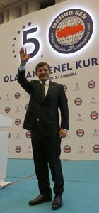 Başbakan Davutoğlu Memur-Sen kongresine katıldı!