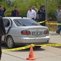 Arabasındaki filmli cam öğretmenin sonu oldu