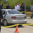 Adana'da arabasındaki filmli cam öğretmenin sonu oldu