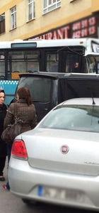 Maltepe Zümrütevler'de özel halk otobüsünün freni patladı