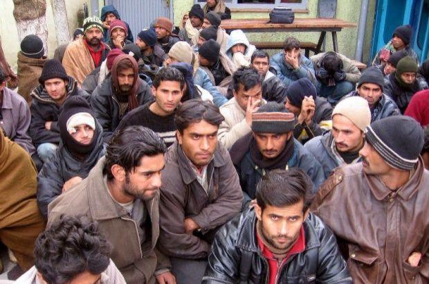 Suriye iç savaşı, Afrika'daki çatışma ortamı ve ekonomik nedenler, Akdeniz'de göçmen trafiğini katlarken, göçmen kaçakçıların kullandığı önemli kara güzergâhlarından olan sınır şehri Edirne'de hareketlilik göze çarpıyor