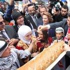 Çocuklardan Esenler'de barış ekmeği