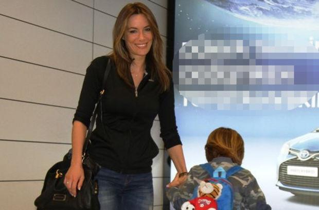 Gamze Özçelik, oğlu Murathan ile birlikte bir AVM'de  görüntülendi