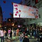 Mahalleliden örnek '23 Nisan' kutlaması