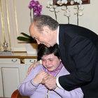 Küçük başkan, ilk talimatını verirken gözyaşlarına boğuldu