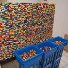 Alman babanın legodan duvarı