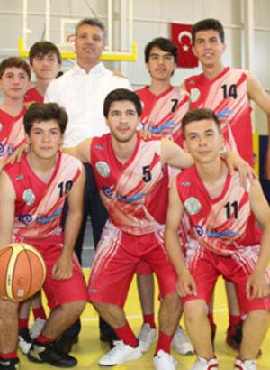 Saran'dan basket şov