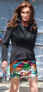 Bruce Jenner: Beni kadın elbisesiyle gördüler