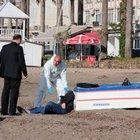 Müdür yardımcısı Faysal Günbat plajda tabancayla intihar etti