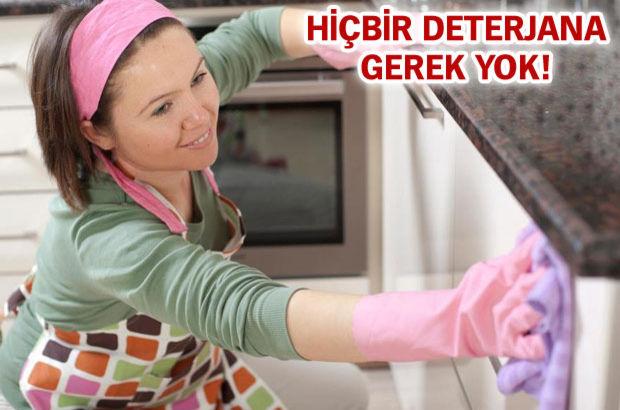 Sadece 2 maddeyle tüm evinizi temizleyebilirsiniz!
