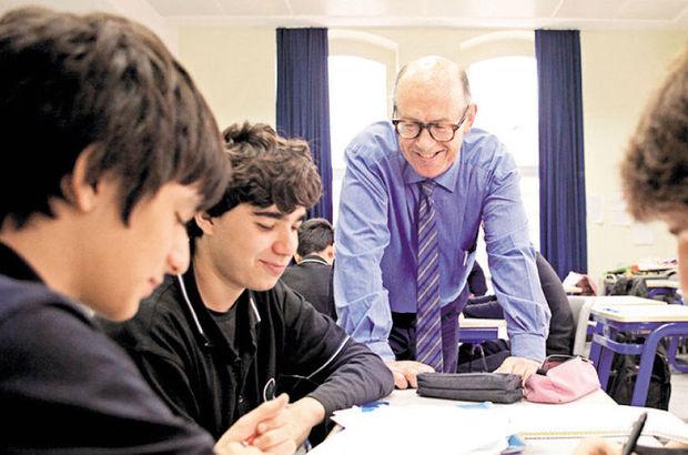 93 öğretmen soruları hazırladı 42 öğretmen de redakte etti