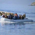 Bodrum'da İstanköy'e geçmeye çalışan 60 kaçak göçmen sabaha karşı yakalandı