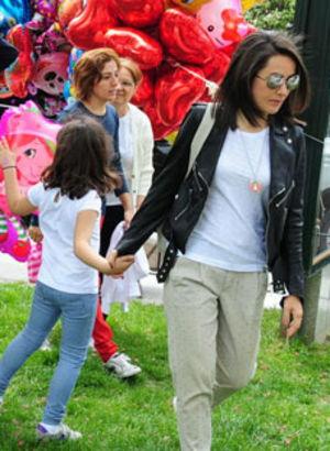Çocuklarla park eğlencesi