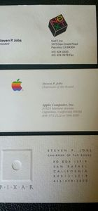 Apple'nin patronu Steve Jobs'ın kartvizitleri satışa çıktı