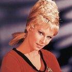 Uzay Yolu'nun Janice'i öldü