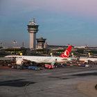 Atatürk Havalimanı'nda yine Drone vakası