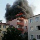 Üsküdar'da çıkan yangın paniğe sebep oldu