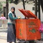 Gaziantep'te Suriyeli genç kadın karnını çöpten doyurdu
