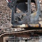 PKK, Bingöl'de iş makinesi yaktı