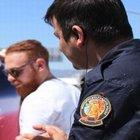 ÜNLÜ OYUNCU POLİSE YAKALANDI!