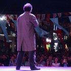 Can Yücel'in tiyatro oyunu Edirne'de sokakta sahnelendi