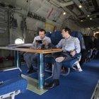 Yunanistan Başbakanı Tsipras, nakliye uçağıyla seyahat ediyor