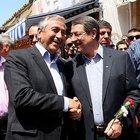 """Kıbrıs'ta """"çözüm"""" yürüyüşü"""