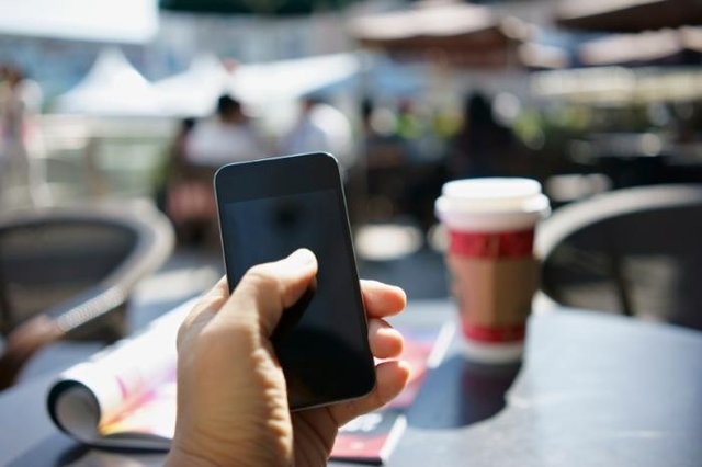 Akıllı telefonlar, parmaklarda sorunlara neden oluyor