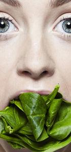 Siz salata yerken sevgiliniz bunu düşünüyor!