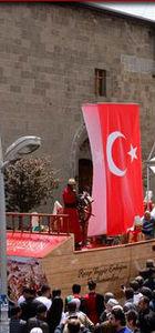 Erzurum Belediyesi İstanbul'un fethini böyle kutladı
