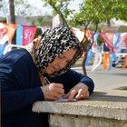 Adana'da vatandaşlar Erdoğan'a not yazdı