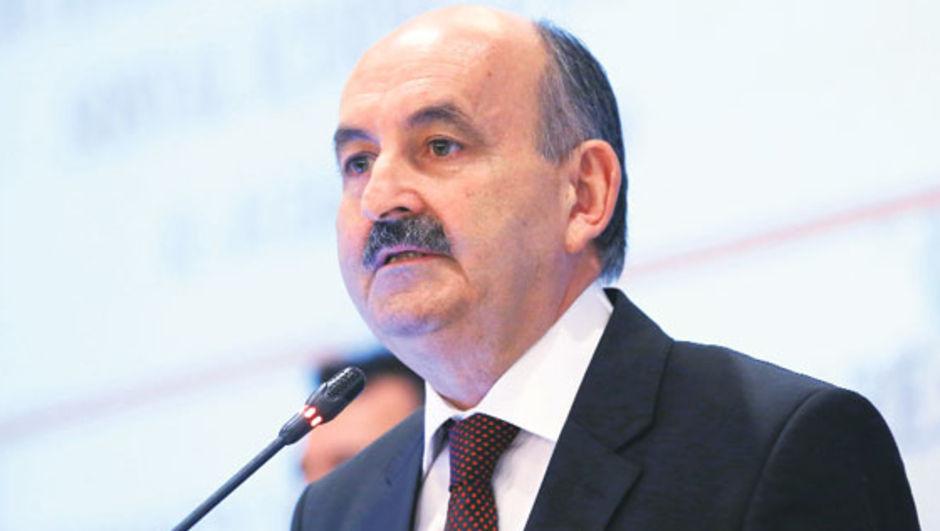 Sağlık Bakanı Mehmet Müezzinoğlu, bozuk mama, Opr. Dr. Kamil Furtun, kanser ilaçları