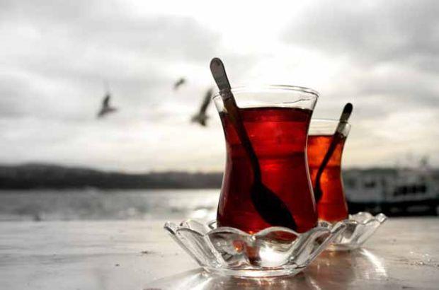 Şekerli çay çocuklarda obezite riskini artırıyor