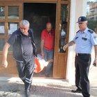 Erzincan'da camide kendini yakmak istedi