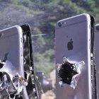 Youtube'da bir kullanıcı kalaşnikofla İphone'lara ateş etti