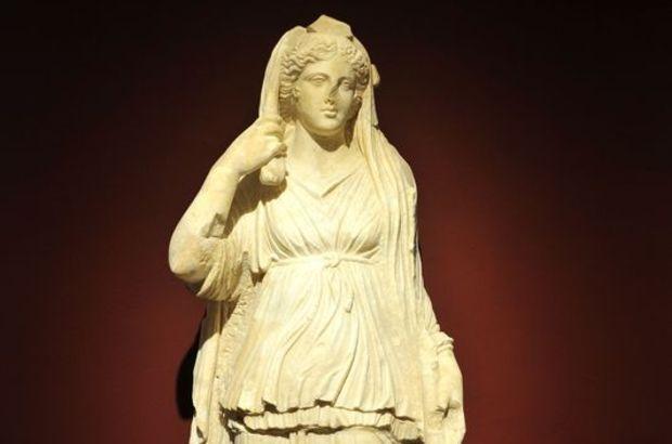 Perge'den 3 yılda 13 heykel
